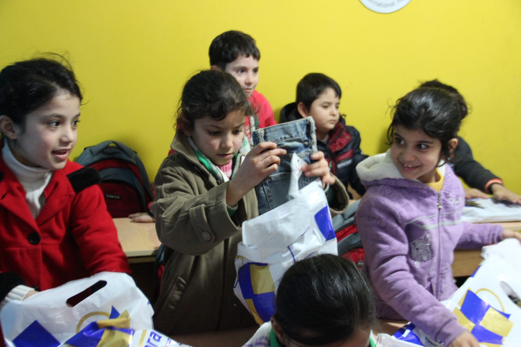 Our Christmas campaign brings presents to 510 refugee children in Lebanon